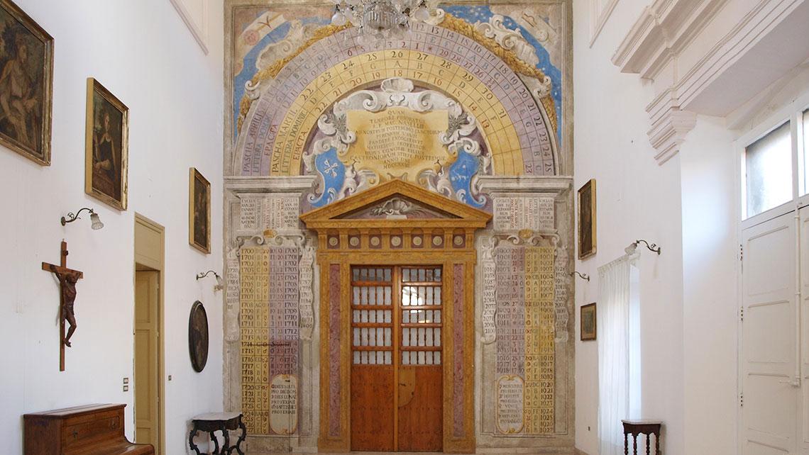 Sala del calendario complesso monumentale convento san for Interno a un convento